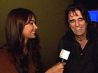 Attack of the Show _ Jessica Chobot and Alice Cooper at Halloween Horror Nights